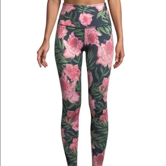 d5cdbee9fe Beyond Yoga Pants - Beyond Yoga lux floral leggings
